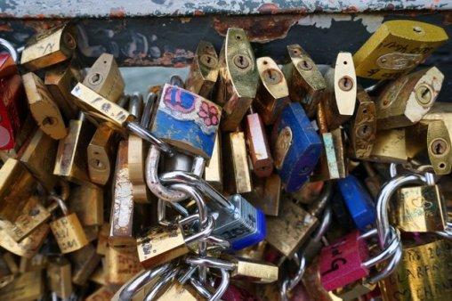 Love locks on the Pont de l'Archevêché, Paris