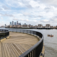 Canary Wharf round the bend