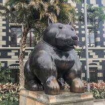 Perro, Plaza Botero