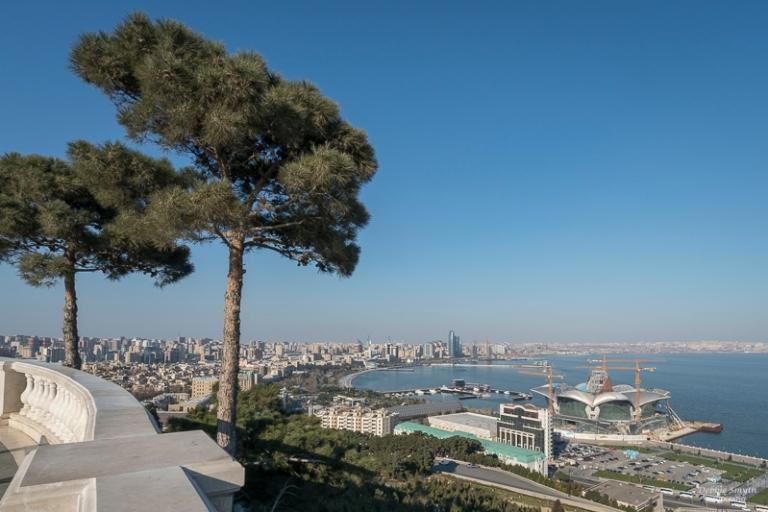 AzerbaijanDSC0081120170329-1-3
