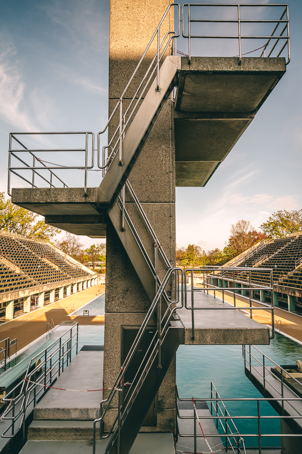Diving boards and wimming pool