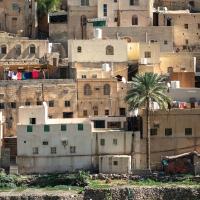 Distant washing lines in Bilad Sayt